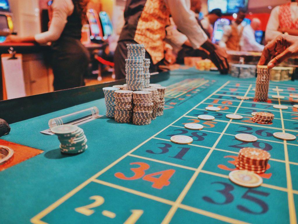 Live-kasinot tarjoavat tunnelmaa